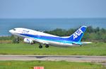 パンダさんが、新潟空港で撮影したANAウイングス 737-54Kの航空フォト(写真)