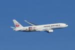SKYLINEさんが、新千歳空港で撮影した日本航空 777-246の航空フォト(写真)