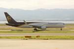 しんさんが、関西国際空港で撮影したUPS航空 767-34AF/ERの航空フォト(写真)