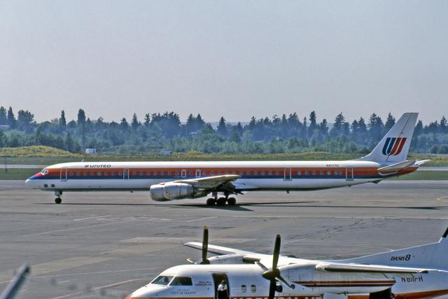 Gambardierさんが、シアトル タコマ国際空港で撮影したユナイテッド航空 DC-8-71の航空フォト(飛行機 写真・画像)