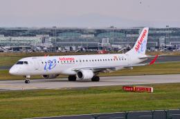 フリューゲルさんが、フランクフルト国際空港で撮影したエア・ヨーロッパ ERJ-190-200 LR (ERJ-195LR)の航空フォト(飛行機 写真・画像)