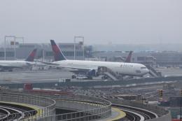しかばねさんが、ジョン・F・ケネディ国際空港で撮影したデルタ航空 767-432/ERの航空フォト(飛行機 写真・画像)