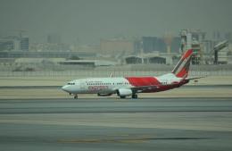 IL-18さんが、ドーハ・ハマド国際空港で撮影したエア・インディア・エクスプレス 737-8HGの航空フォト(飛行機 写真・画像)