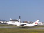 あしゅーさんが、伊丹空港で撮影した日本航空 767-346の航空フォト(飛行機 写真・画像)
