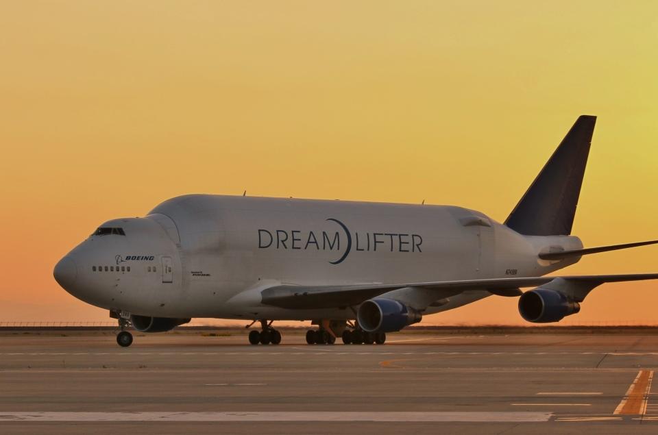 リリココさんのボーイング Boeing 747-400 (N249BA) 航空フォト