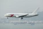 BAIYUN BASEさんが、香港国際空港で撮影したダイナミック・アビエーション・グループ 767-246の航空フォト(写真)
