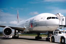 ATOMさんが、帯広空港で撮影した日本航空 777-246の航空フォト(飛行機 写真・画像)