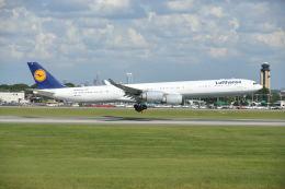 航空フォト:D-AIHN ルフトハンザドイツ航空 A340-600