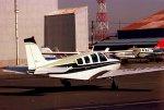 チャーリーマイクさんが、八尾空港で撮影した伊藤忠アビエーション A36 Bonanza 36の航空フォト(飛行機 写真・画像)