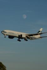 ウッディさんが、成田国際空港で撮影したキャセイパシフィック航空 777-267の航空フォト(飛行機 写真・画像)
