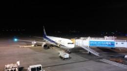 しげさんさんが、高松空港で撮影した全日空 767-381/ERの航空フォト(飛行機 写真・画像)