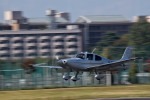 tsubasa0624さんが、調布飛行場で撮影した日本法人所有 SR22T GTSの航空フォト(飛行機 写真・画像)