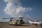 くるくもるさんが、茨城空港で撮影した航空自衛隊 CH-47J/LRの航空フォト(写真)