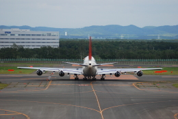 リョウさんが、新千歳空港で撮影した日本航空 747-346の航空フォト(飛行機 写真・画像)