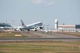 tri-heartさんが、新千歳空港で撮影した日本航空 777-246の航空フォト(飛行機 写真・画像)