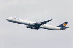 くるくもるさんが、羽田空港で撮影したルフトハンザドイツ航空 A340-642Xの航空フォト(写真)