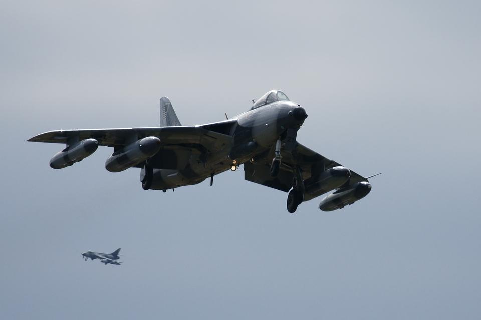 xxxxxzさんのATAC Hawker Siddeley Hawker Hunter (N321AX) 航空フォト
