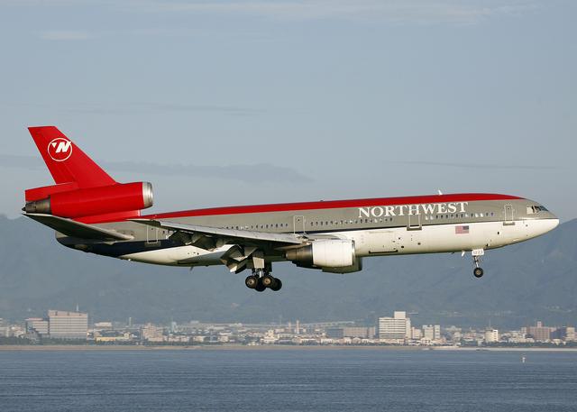 ノースウエスト航空 McDonnell D...