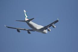 Jackyさんが、成田国際空港で撮影したキャセイパシフィック航空 747-412(BCF)の航空フォト(飛行機 写真・画像)