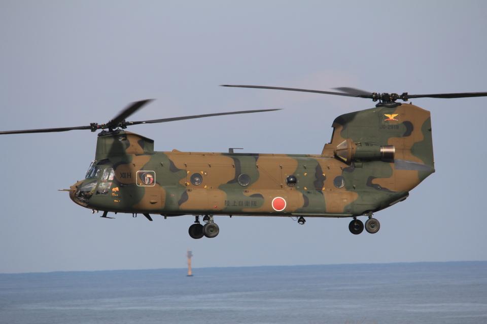 MIL26Tさんの陸上自衛隊 Kawasaki CH-47J Chinook (52918) 航空フォト