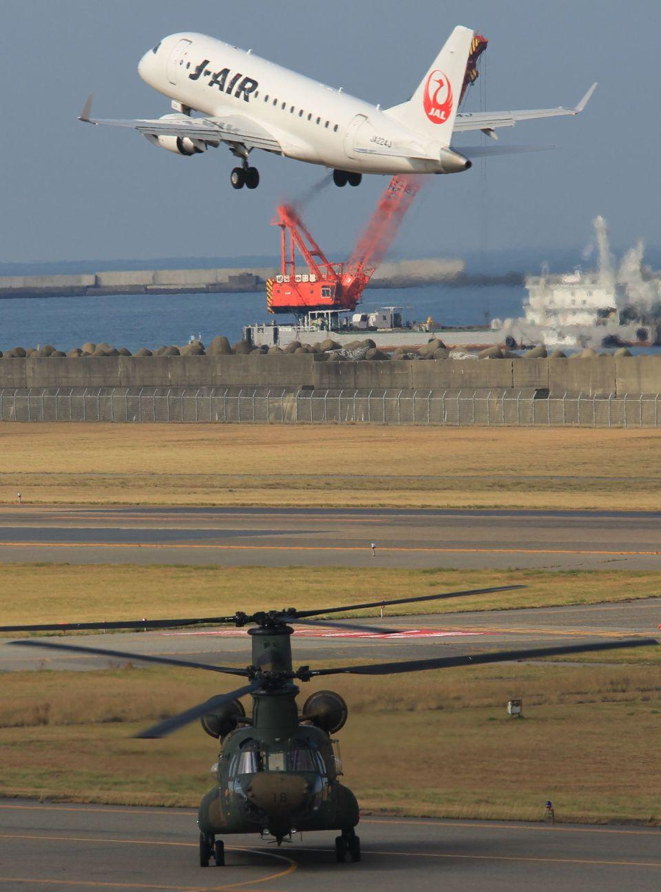 MIL26Tさんのジェイエア Embraer 170 (JA224J) 航空フォト
