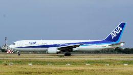 2wmさんが、台湾桃園国際空港で撮影した全日空 767-381/ERの航空フォト(飛行機 写真・画像)