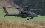 asuto_fさんが、日出生台演習場で撮影した陸上自衛隊 AH-64Dの航空フォト(写真)