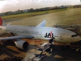 AIR JAPONさんが、福岡空港で撮影した日本航空 777-289の航空フォト(飛行機 写真・画像)
