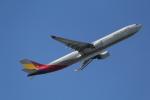 ANA744Foreverさんが、羽田空港で撮影したアシアナ航空 A330-323Xの航空フォト(写真)