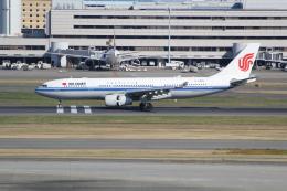 ANA744Foreverさんが、羽田空港で撮影した中国国際航空 A330-243の航空フォト(飛行機 写真・画像)
