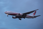 Severemanさんが、ロンドン・ヒースロー空港で撮影したビーマン・バングラデシュ航空 777-266/ERの航空フォト(写真)