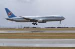 カワPさんが、函館空港で撮影した全日空 767-381の航空フォト(飛行機 写真・画像)