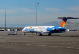 東方亜州さんが、オークランド国際空港で撮影したアレジアント・エア MD-83 (DC-9-83)の航空フォト(飛行機 写真・画像)