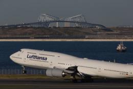くるくもるさんが、羽田空港で撮影したルフトハンザドイツ航空 747-830の航空フォト(写真)