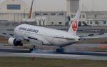 Nippiさんが、那覇空港で撮影した日本航空 777-246の航空フォト(写真)