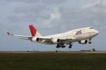 白銀RYUさんが、グアム国際空港で撮影した日本航空 747-446の航空フォト(写真)