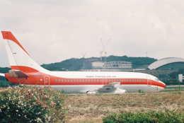 Love Airbus350さんが、福岡空港で撮影した日本トランスオーシャン航空 737-2Q3/Advの航空フォト(飛行機 写真・画像)