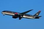 RUSSIANSKIさんが、スワンナプーム国際空港で撮影したロイヤル・ヨルダン航空 787-8 Dreamlinerの航空フォト(飛行機 写真・画像)