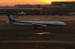 アイスコーヒーさんが、羽田空港で撮影した全日空 777-381の航空フォト(飛行機 写真・画像)