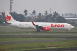 よっしぃさんが、スカルノハッタ国際空港で撮影したライオン・エア 737-9GP/ERの航空フォト(飛行機 写真・画像)