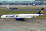 Chofu Spotter Ariaさんが、羽田空港で撮影したスカイマーク A330-343Xの航空フォト(飛行機 写真・画像)