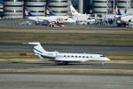 T.Sazenさんが、羽田空港で撮影した--- G650 (G-VI)の航空フォト(飛行機 写真・画像)