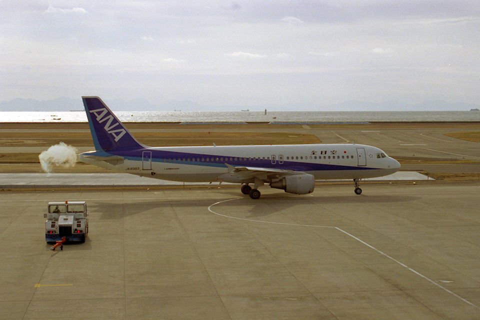 はるさんの全日空 Airbus A320 (JA8383) 航空フォト