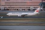 uhfxさんが、羽田空港で撮影した日本航空 767-346の航空フォト(写真)
