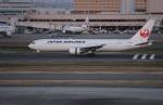 uhfxさんが、羽田空港で撮影した日本航空 767-346/ERの航空フォト(写真)
