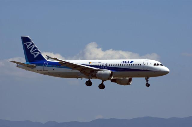 Gambardierさんが、関西国際空港で撮影した全日空 A320-211の航空フォト(飛行機 写真・画像)