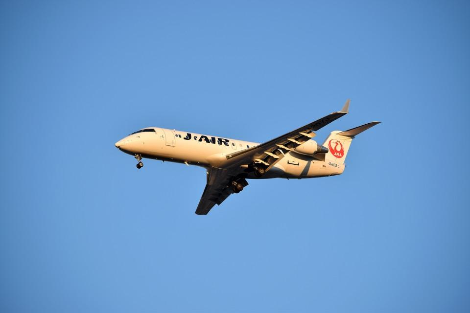 tsubasa0624さんのジェイ・エア Bombardier CRJ-200 (JA207J) 航空フォト