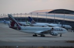 ハピネスさんが、関西国際空港で撮影したカタール航空 A330-202の航空フォト(飛行機 写真・画像)