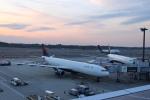 uhfxさんが、成田国際空港で撮影したデルタ航空 A330-323Xの航空フォト(写真)