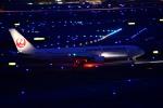 tsubasa0624さんが、羽田空港で撮影した日本航空 767-346の航空フォト(飛行機 写真・画像)